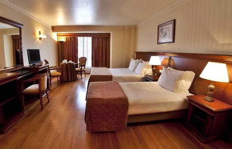 Turim Lisboa - Room - 15
