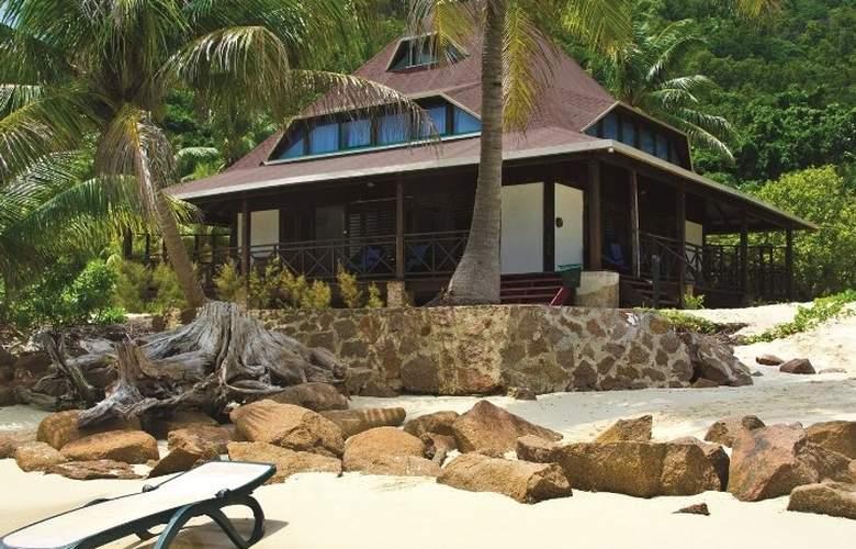 New Esmerald Cove - Hotel - 0