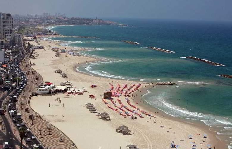 Renaissance Hotel Tel Aviv - Beach - 14