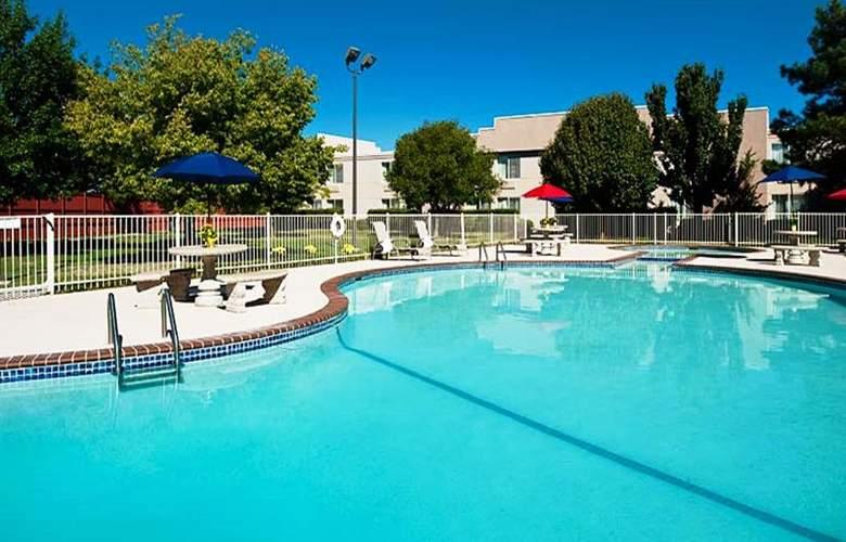 Four Points by Sheraton Oklahoma City Airport - Pool - 4