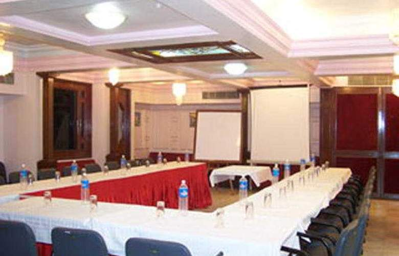 Kanak - Conference - 5