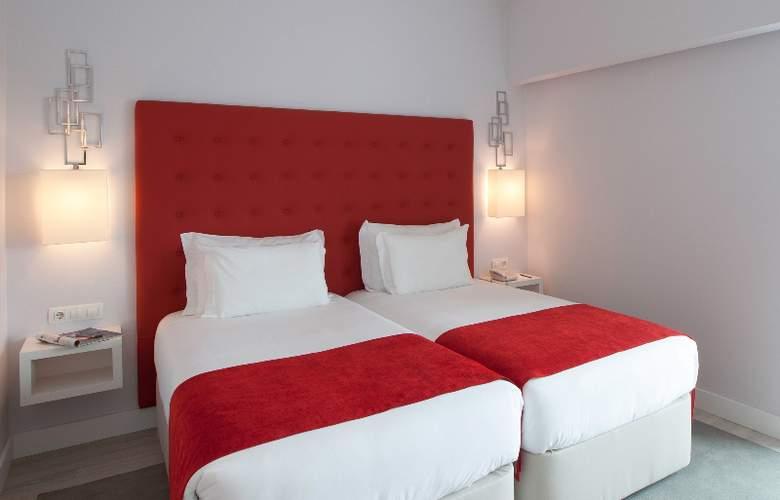 Lutecia Smart Design - Room - 2