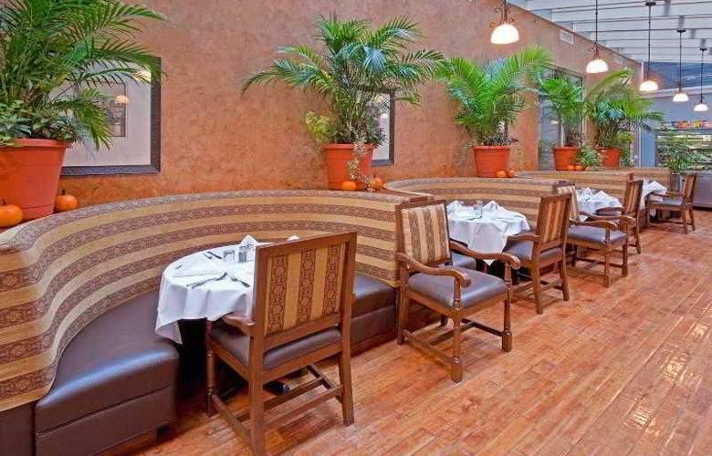 Holiday Inn Manhattan 6th Avenue - Restaurant - 26