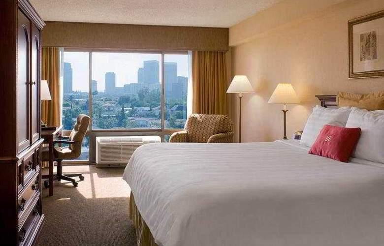Beverly Hills Marriott - Room - 3