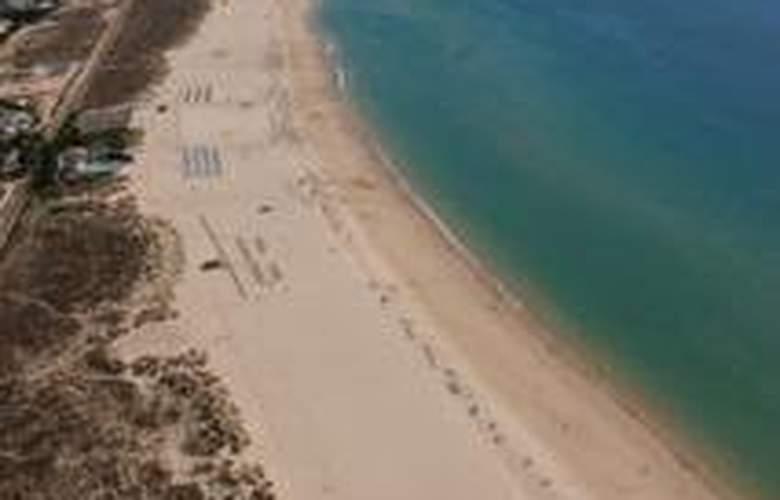 VitaSol Park - Beach - 9