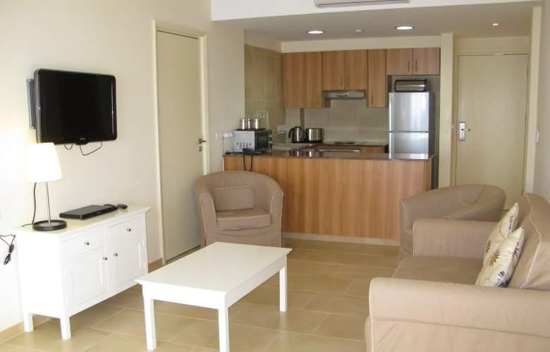 Royal Blue Hotel & Spa Paphos - Room - 5