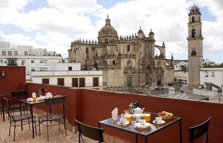 Jeys Catedral Jerez - Terrace - 4