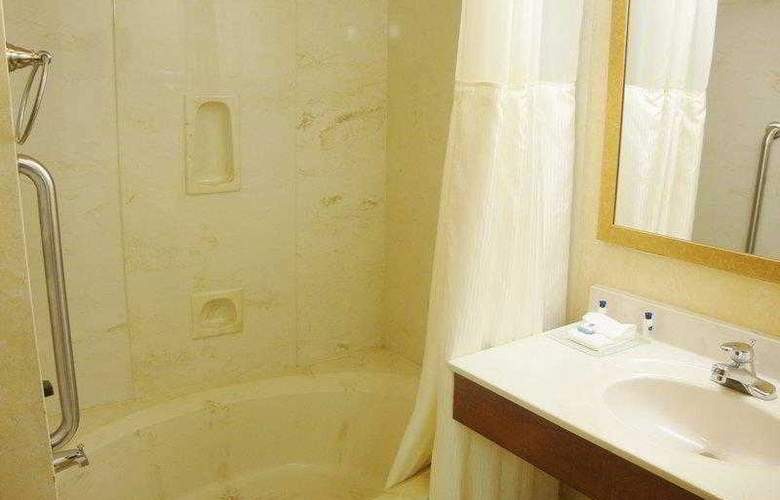 Best Western West Towne Suites - Hotel - 11