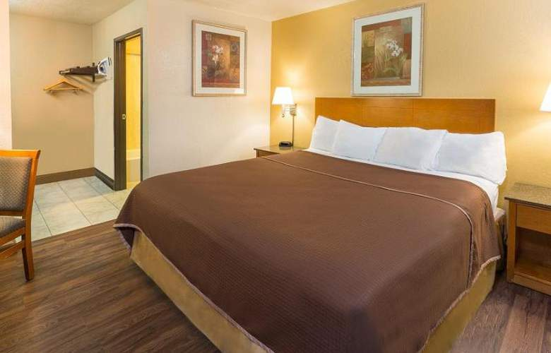 Howard Johnson Express Inn National City/San Diego - Room - 10
