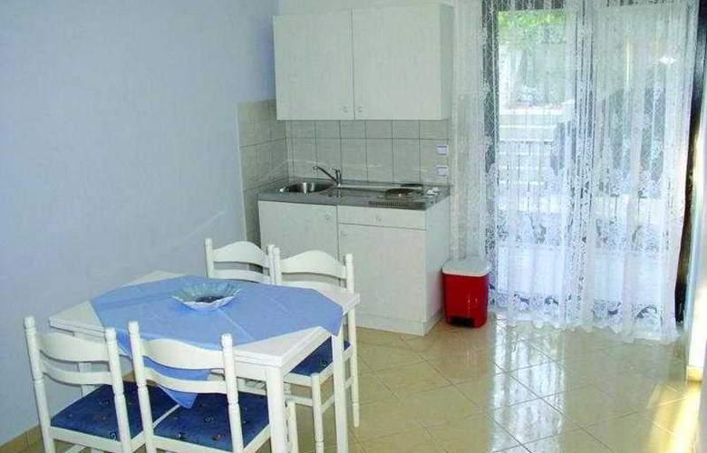 Ante Apartments - Room - 9