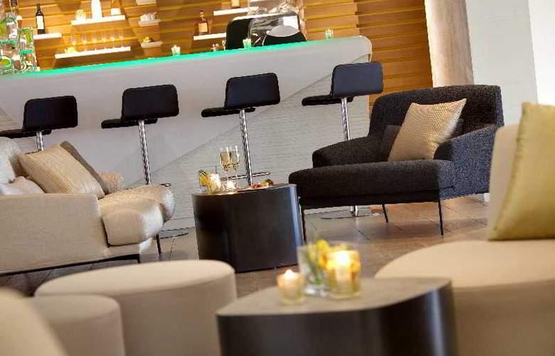 Hotel Renaissance Aix En Provence - Bar - 4