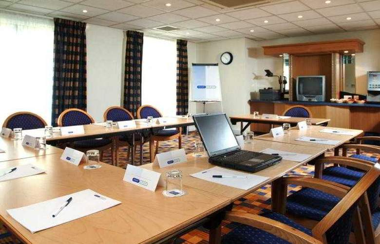 Holiday Inn Express Southampton West - Conference - 4