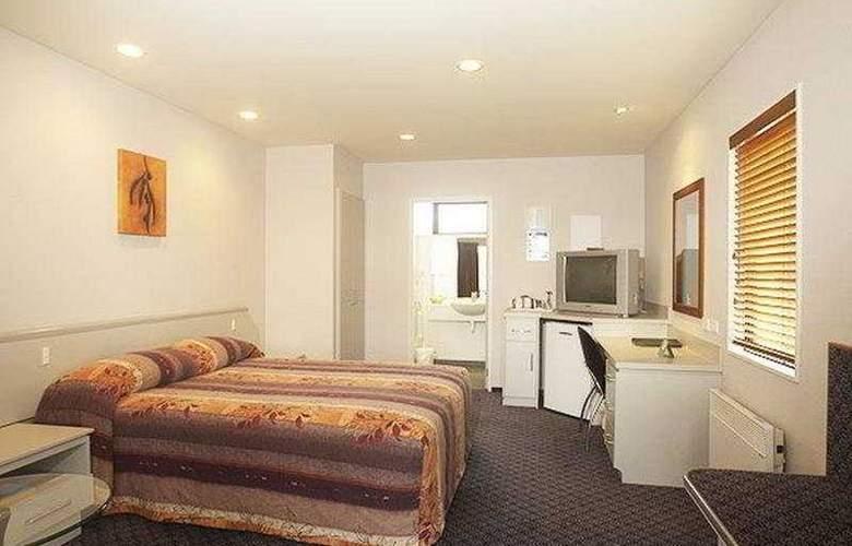 The Village Inn - Room - 0
