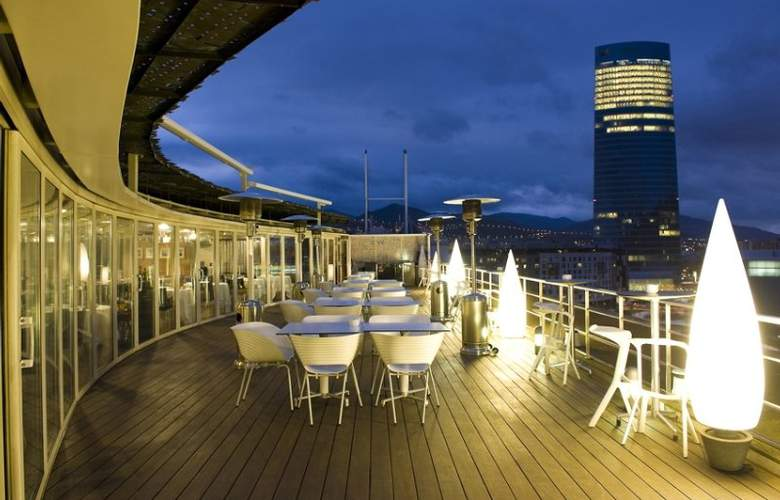 Gran Hotel Domine Bilbao - Terrace - 9