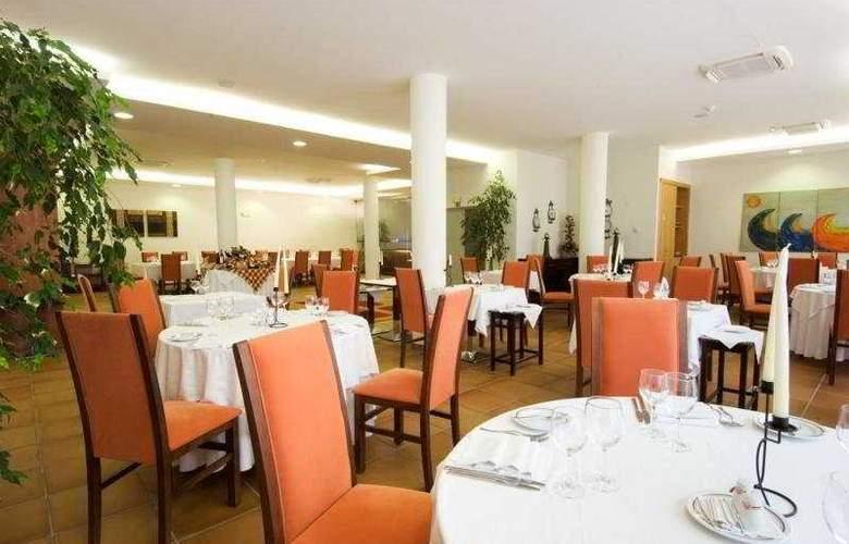 Tulip Inn Estarreja Hotel & Spa - Restaurant - 3