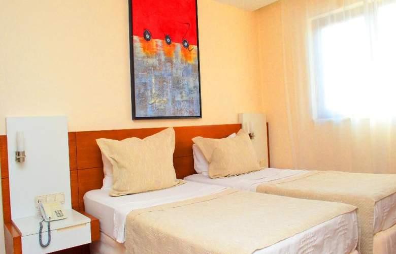 Sunbird Apart Hotel - Room - 23