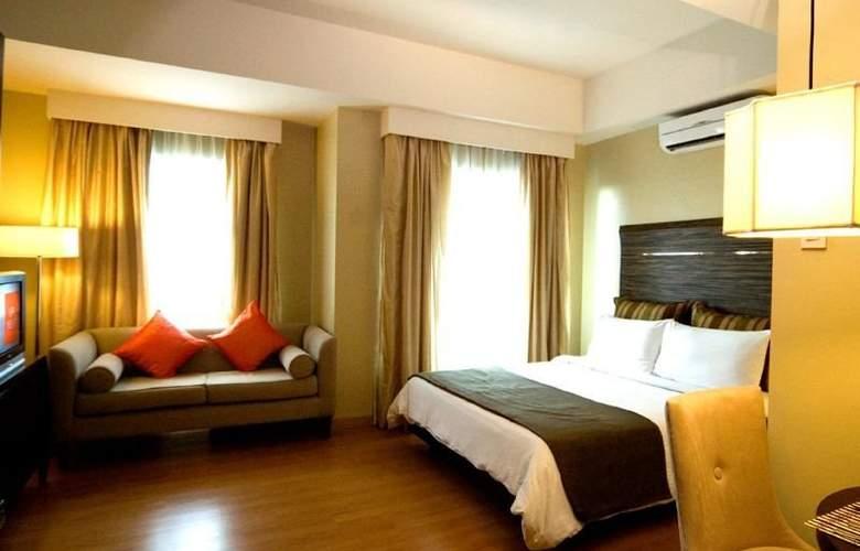 Lancaster Hotel - Room - 1