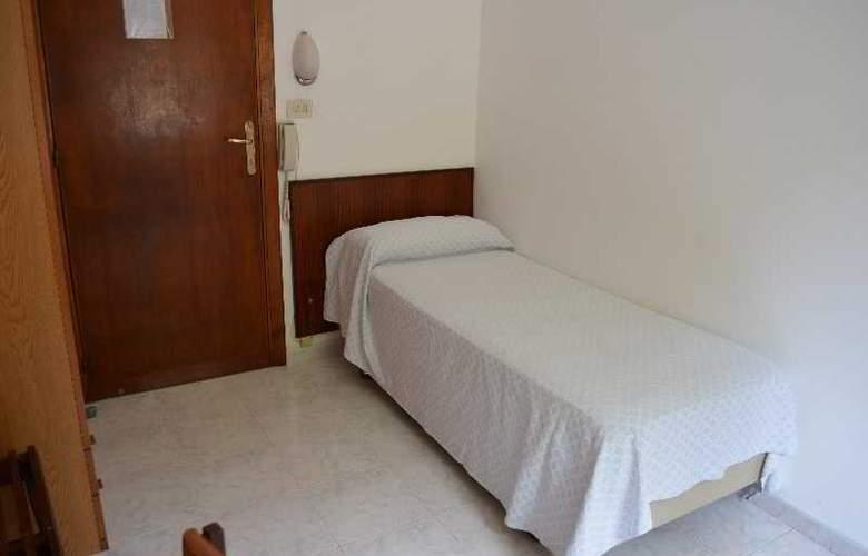 Maronti - Room - 15