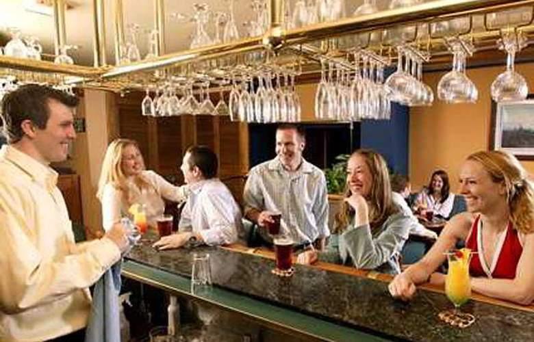 Hilton Anchorage - Bar - 4