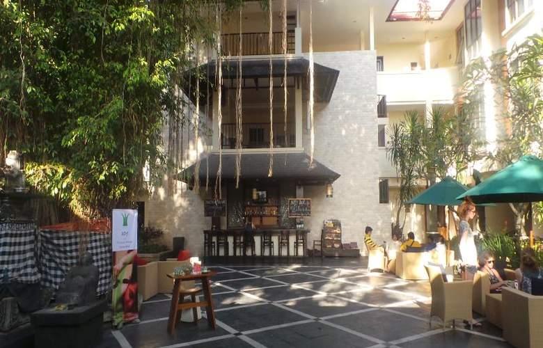 Best Western Resort Kuta - Bar - 28