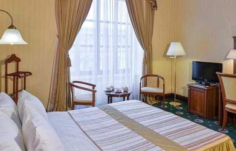 Ayvazovskiy - Room - 8