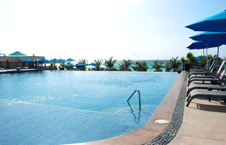 Seadust Cancún Family Resort - Pool - 28