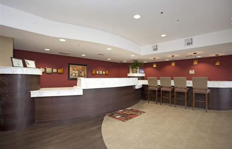 Holiday Inn Express Santa Rosa - General - 5
