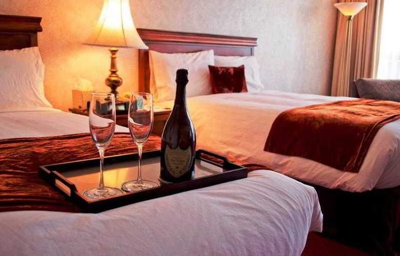 Grand Hotel - Room - 8