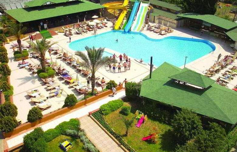 Beach Club Doganay - Pool - 4