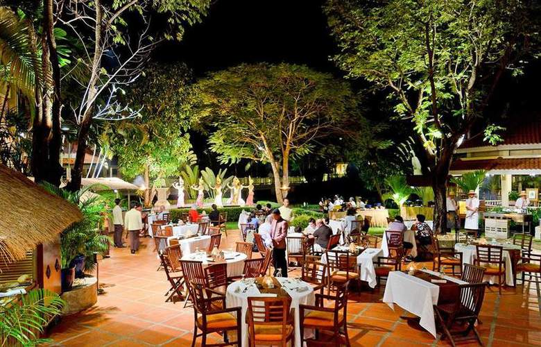 Sofitel Angkor Phokeethra Golf & Spa Resort - Restaurant - 35