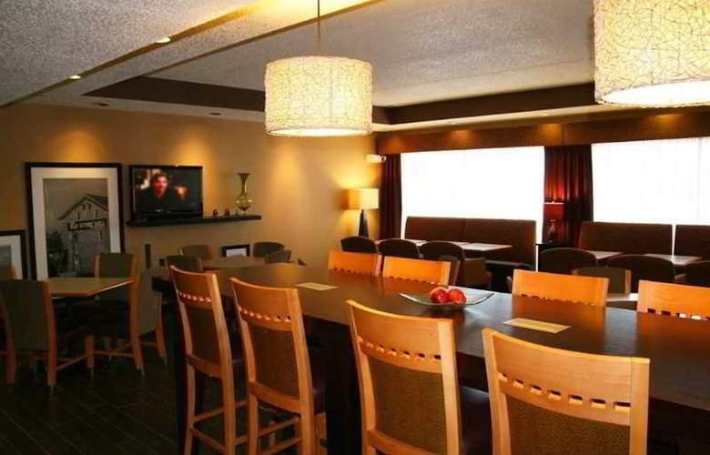 Hampton Inn Green Bay - Restaurant - 0