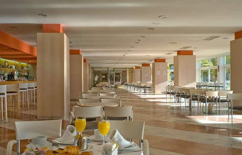 Gran Hotel del Coto - Restaurant - 11