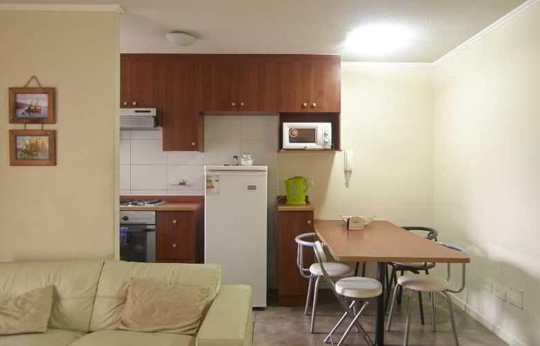 VR Suite - Room - 16
