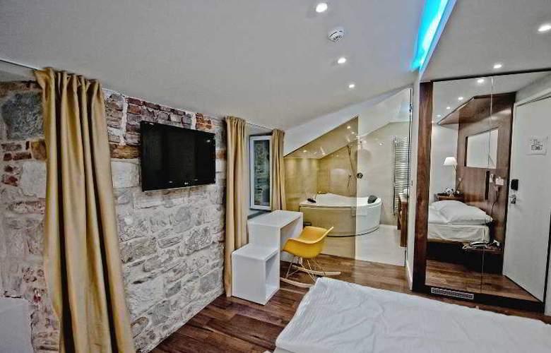 Jupiter Luxury Hotel - Room - 12