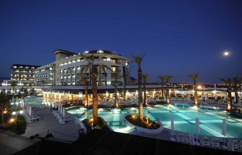 Evren Beach Resort - Pool - 6