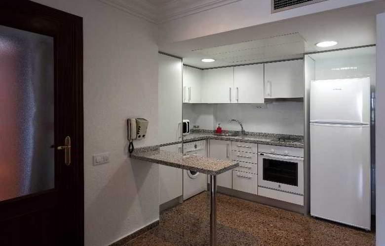 Pío XII Apartments Valencia - Room - 16