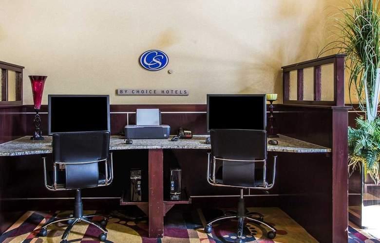 Comfort Suites - Services - 6