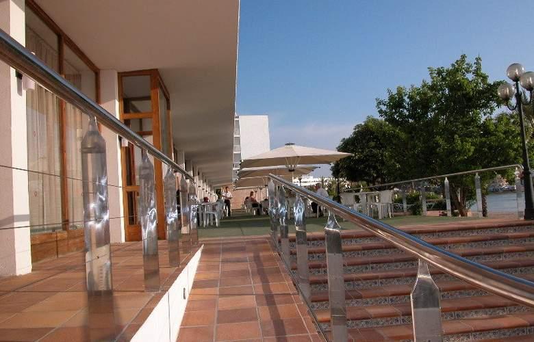 Arenal - Terrace - 18