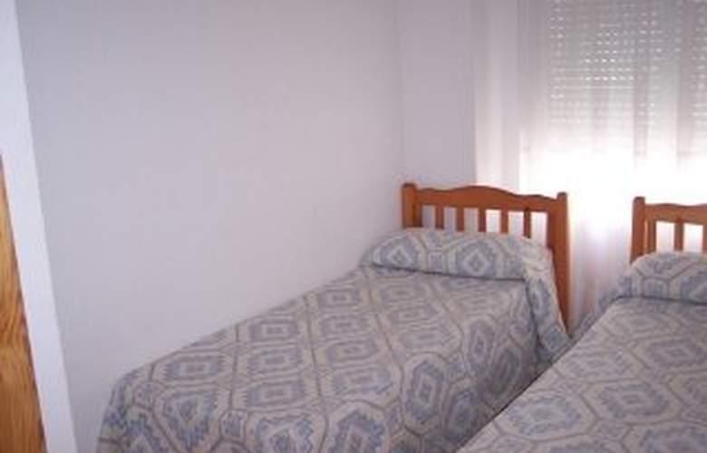 Apartamentos Ferran I - Room - 1