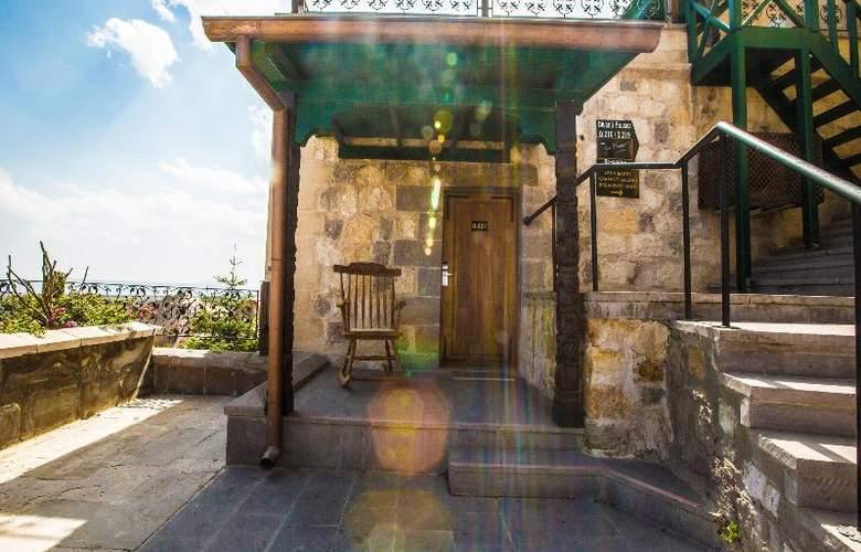 Cappadocia Cave Resort & Spa - Terrace - 75