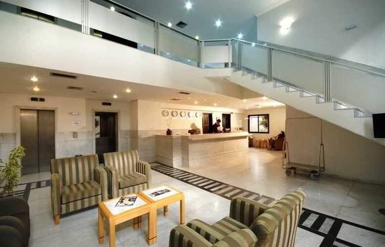 Hampton Park Residence - General - 1