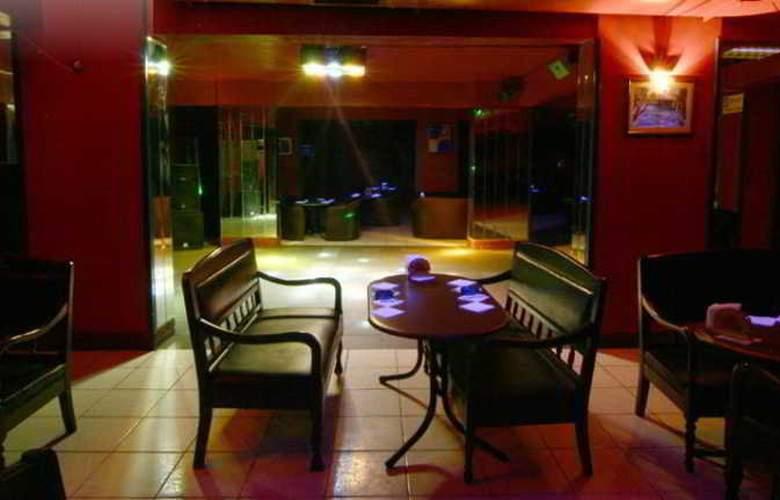 Mora Hotel - Bar - 3