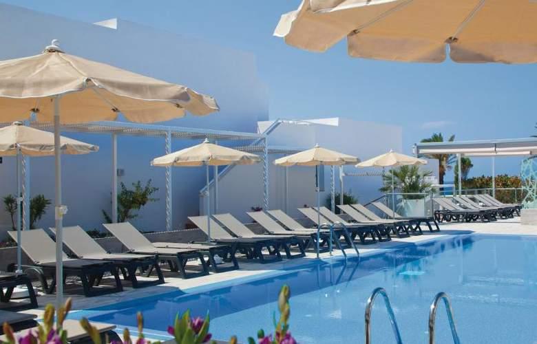 Hotel Riu la Mola - Pool - 22
