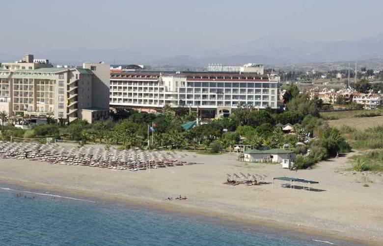 Aska Washington Resort & Spa Hotel - Beach - 5