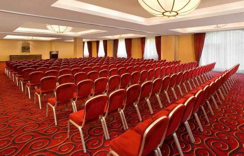 Sheraton Krakow - Hotel - 17
