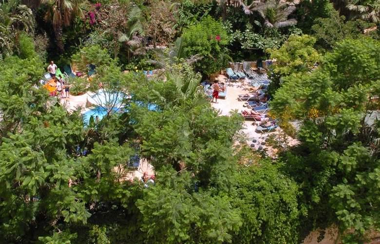 Fortina Hotel Spa Resort - Terrace - 2