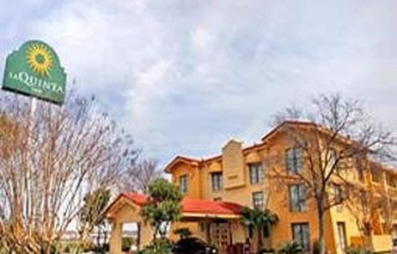 La Quinta Inn San Antonio / Sea World - Hotel - 0