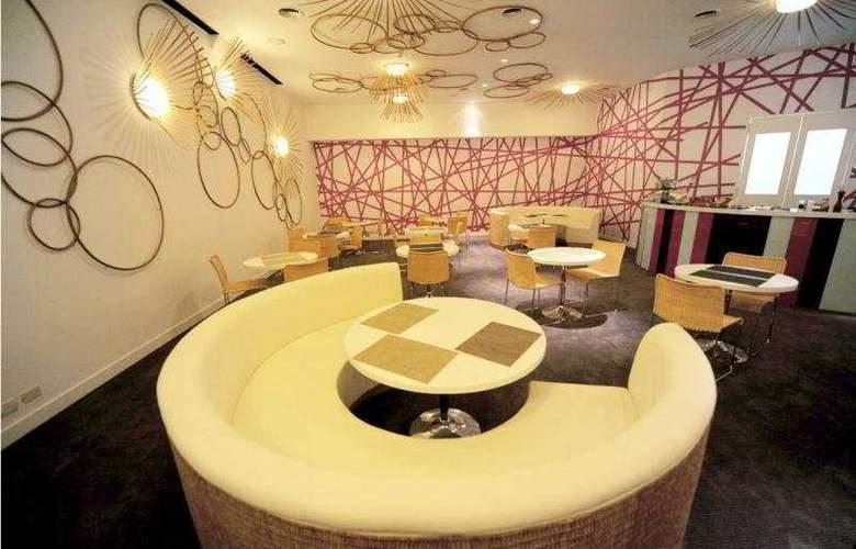 Room Mate Carlos - Bar - 5