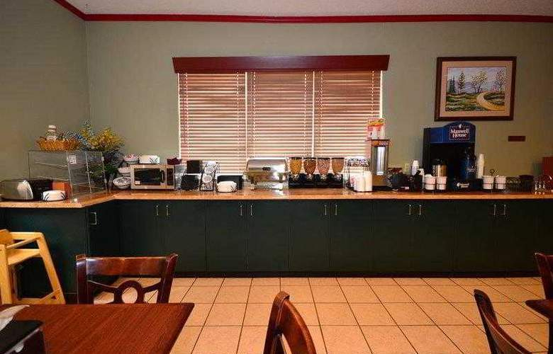 Best Western Teal Lake Inn - Hotel - 3
