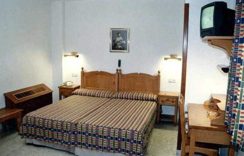 Serrano - Room - 3